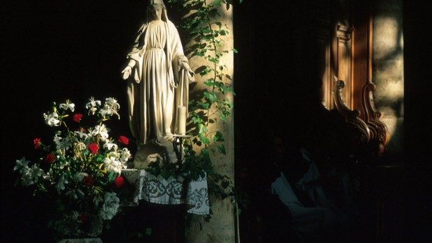 Vierge, Abbaye Notre Dame de l'Assomption, Ourscamp, Oise 60, Picardie, France.
